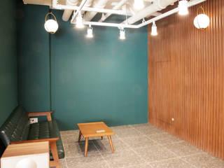 LH 판교제2테크노밸리 기업성장센터, 내추럴 컨셉 오피스 인테리어 by 그리다집