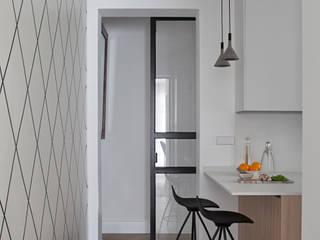 nowheresoon. estudio creativo en madrid Cucina minimalista Legno Bianco