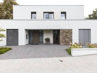 Wohnen mit Naturblick von Wechselberger Hiepen GmbH Modern