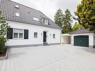 Bestandswohnhaus stilecht saniert Klassische Häuser von Wechselberger Hiepen GmbH Klassisch