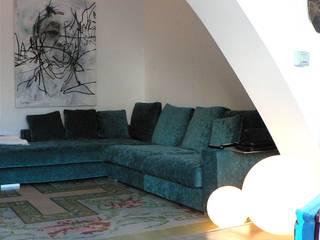 Estudio1403, COOP.V. Arquitectos en Valencia Ruang Keluarga Gaya Eklektik