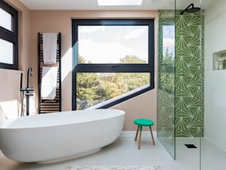 Brockley Extension and Conversion Urbanist Architecture Bagno moderno Variopinto