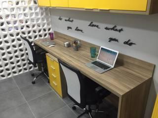 Portifólio: Escritórios e Espaços de trabalho  por Brise - Arquitetura e Construção,