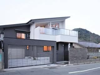 『スキップフロアの暮らしを愉しむ家』 西薗守 住空間設計室 一戸建て住宅 緑