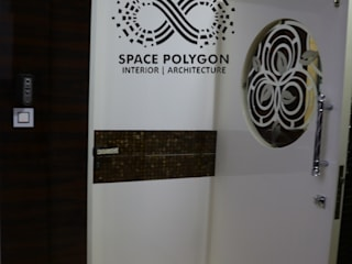 Modern style doors by Space Polygon Modern