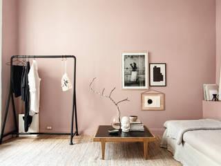 SCHÖNER WOHNEN-FARBE 现代客厅設計點子、靈感 & 圖片 Pink