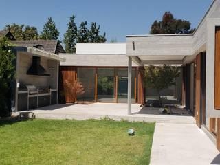 Terrasse de style  par Constructora CYB Spa, Moderne
