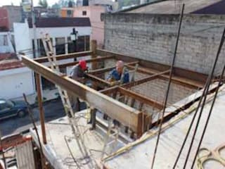 Casas unifamilares  por 8 AM INGENIERIA,