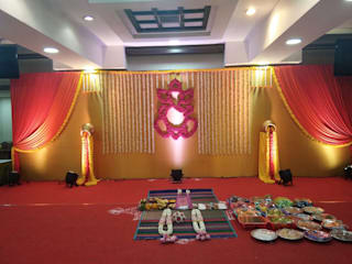 wedding stage decorations:   by Wedding Aaha -  Best wedding planners in chennai