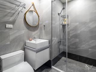 -:  浴室 by Feeling 室內設計
