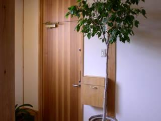 野木の家 モダンスタイルの 玄関&廊下&階段 の 山下建築研究所 モダン