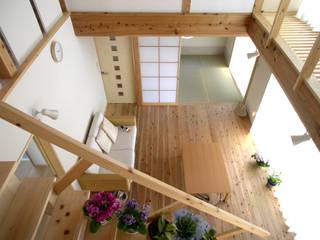 安塚の家 モダンデザインの リビング の 山下建築研究所 モダン