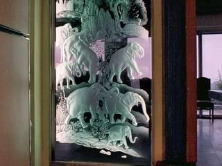 dyptique éléphants:  de style  par christian herry sculpture verre, Asiatique