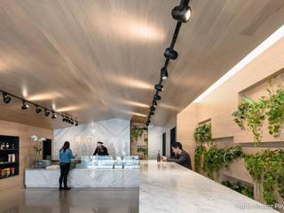 Nhà hàng theo Pablo Muñoz Payá Arquitectos, Châu Á
