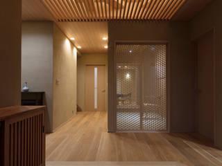 嵯峨野別墅 和風の 玄関&廊下&階段 の スタジオクランツォ 和風