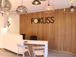 Nuestras tiendas:  de estilo  por Lamparas Fokuss , Moderno