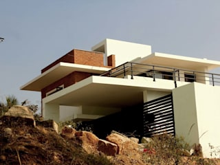 THE KULKARNI HOUSE Modern houses by de square Modern