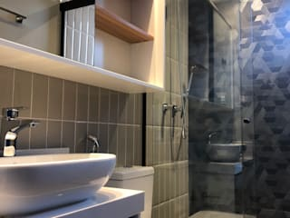 Reforma apartamento | Saúde | 2018 ABBITÁ arquitetura Banheiros modernos Cerâmica Bege