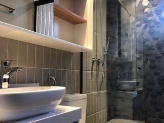 ABBITÁ arquitetura Modern bathroom Ceramic Beige