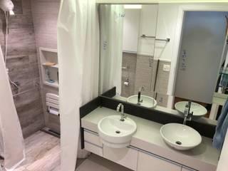 Banheiro Acessível: Banheiros  por ABBITÁ arquitetura