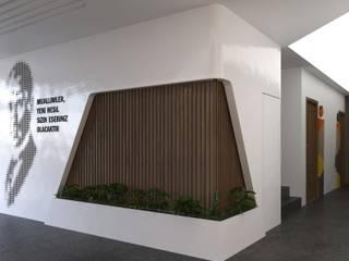 ÖGRETMEN EVİ BANKO Modern Koridor, Hol & Merdivenler ANTRE TASARIM Modern