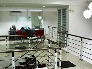 Estudios y despachos de estilo moderno de Parámetro Arquitectura & Ingeniería Moderno