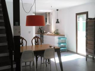 Eclectic style dining room by Estudio1403, COOP.V. Arquitectos en Valencia Eclectic