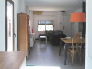 Estudio1403, COOP.V. Arquitectos en Valencia Soggiorno eclettico