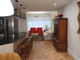 Living room by Maria Helena Torres Arquitetura e Design, Modern