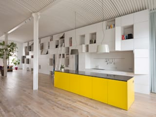 Minimalist kitchen by Franz&Sue Minimalist