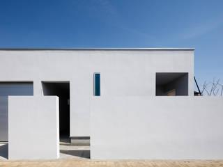 設計事務所アーキプレイス Rumah Minimalis White