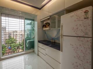 the serving platform Modern kitchen by Sagar Shah Architects Modern