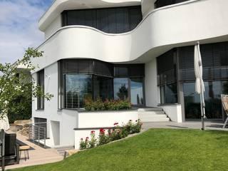 S3P-Engineering GmbH & Co. KG Villas Concrete White