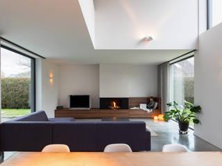 Winter is coming Moderne woonkamers van Studio Govaerts Modern
