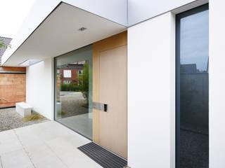 Modern houses by Architekten Spiekermann Modern