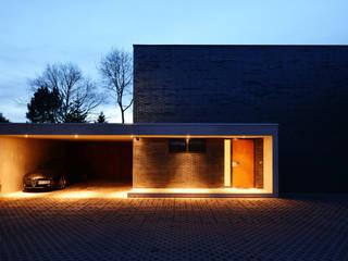 by Architekten Spiekermann Modern