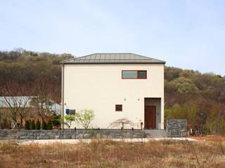 여유당 모던스타일 주택 by 이우 건축사사무소 모던