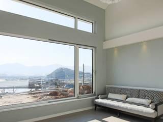 이우 건축사사무소 Livings de estilo moderno