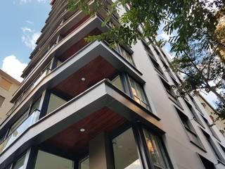 bukalemun mimarlık – Sunsetpark Kalamış:  tarz Apartman