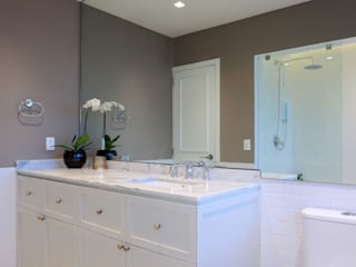 Bathroom by BACE arquitectos,