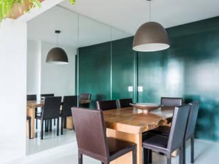 Apartamento Amplo, moderno e sofisticado no coração do Jardins Studio Elã Salas de jantar ecléticas