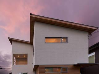 2つのリビングの家 田中洋平建築設計事務所 モダンな 家