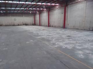 Demolición y Terraceria Nave Industrial Espacios comerciales de estilo industrial de Sigma Ingeniería Industrial