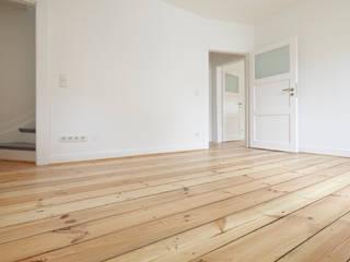 Altbausanierung | Umgestaltung und Modernisierung einer Doppelhaushälfte:  Schlafzimmer von CLAUDIA GROTEGUT ARCHITEKTUR + KONZEPT,Modern