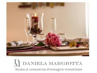 DM Home Staging Studio di Daniela Margiotta - Home Staging & Home ReLooking Sala da pranzo in stile classico di DM Home Staging Studio di Daniela Margiotta Classico