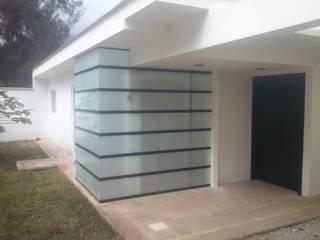 CASA LUNA Casas modernas de Arkytech Moderno