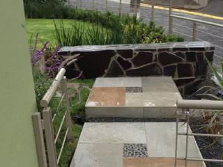 Jardin moderne par Brenda Vizcaíno - Arquitectura de Paisaje Moderne