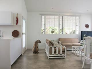 Cabaña Cáqueza Salas de estilo minimalista de CHAVARRO ARQUITECTURA Minimalista