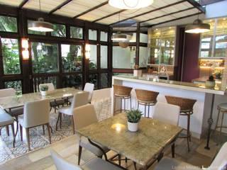 Churrasqueira Cozinhas clássicas por Larissa Minatti Interiores Clássico