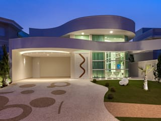 Casas modernas por Designer de Interiores e Paisagista Iara Kílaris Moderno